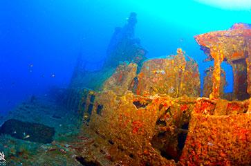 découvrez l'épave Rubis dans la baie de Cavalaire
