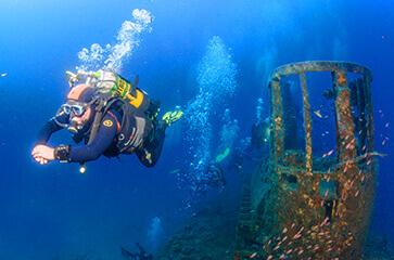 explorer les épaves avec 10 plongées incluses